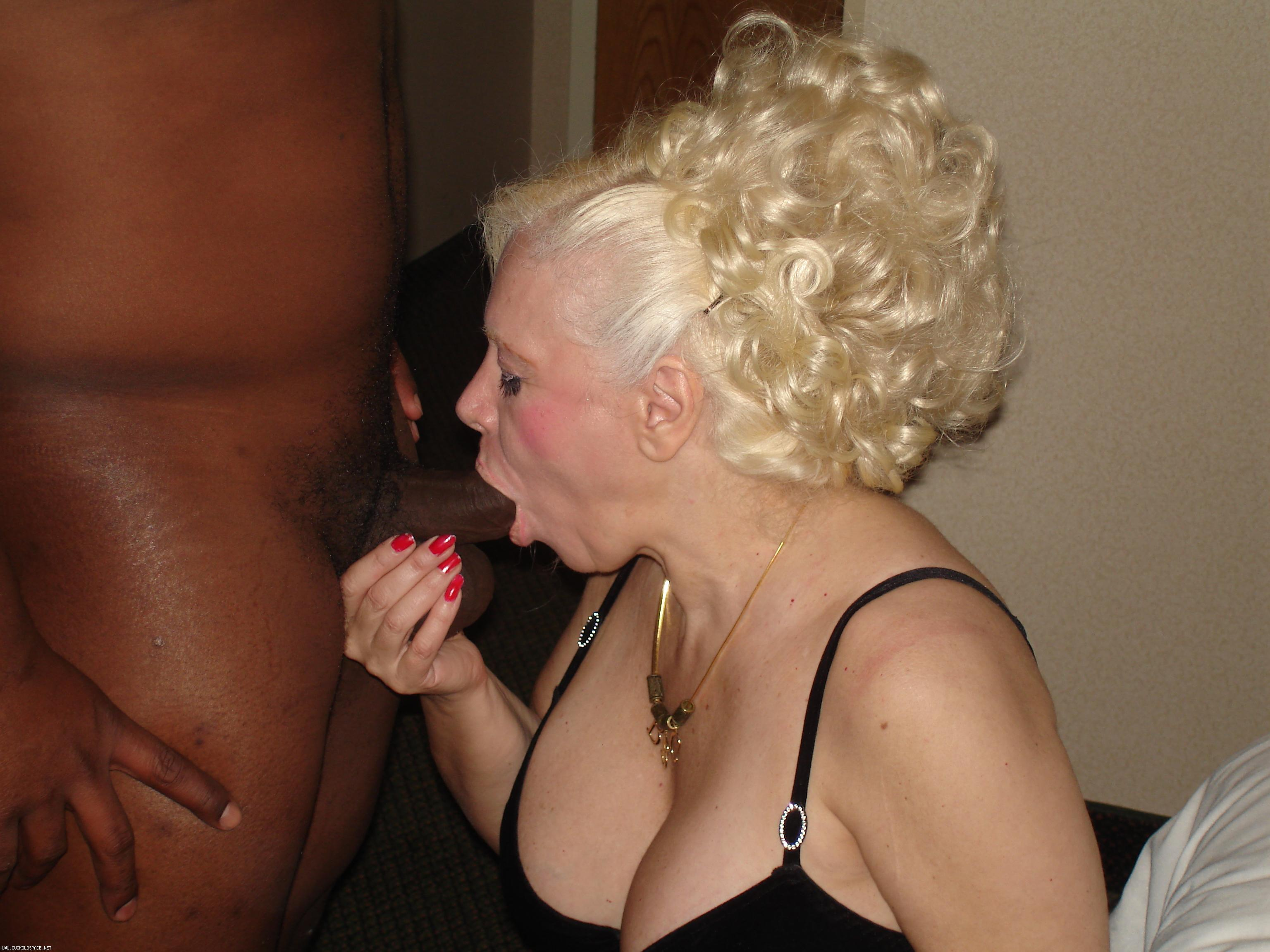 Cuckold creampie Cum cleaning service for cheating wife
