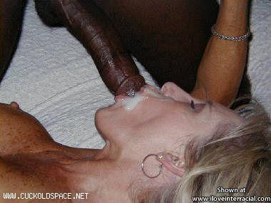 He cums in her mouth