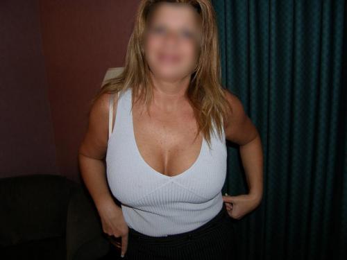 f jones wife clothed