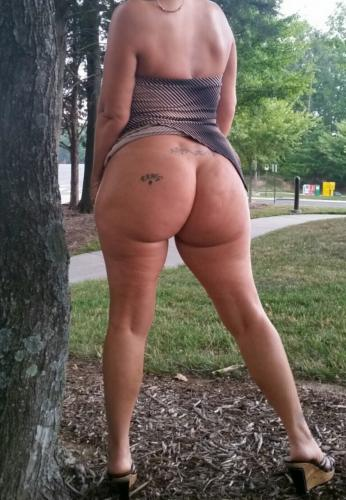 outdoor pawg